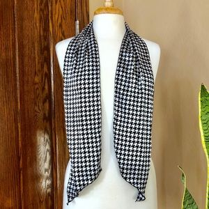 99ed5e3987ff Accessories - Black   White Houndstooth Scarf